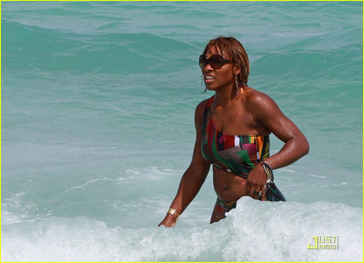 serena williams bikini babe 04