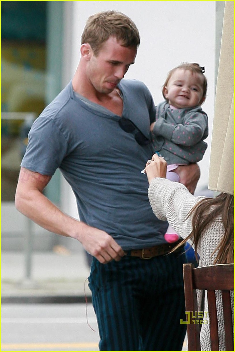 cam gigandet dominique geisendorff everleigh kings road cafe 102446423