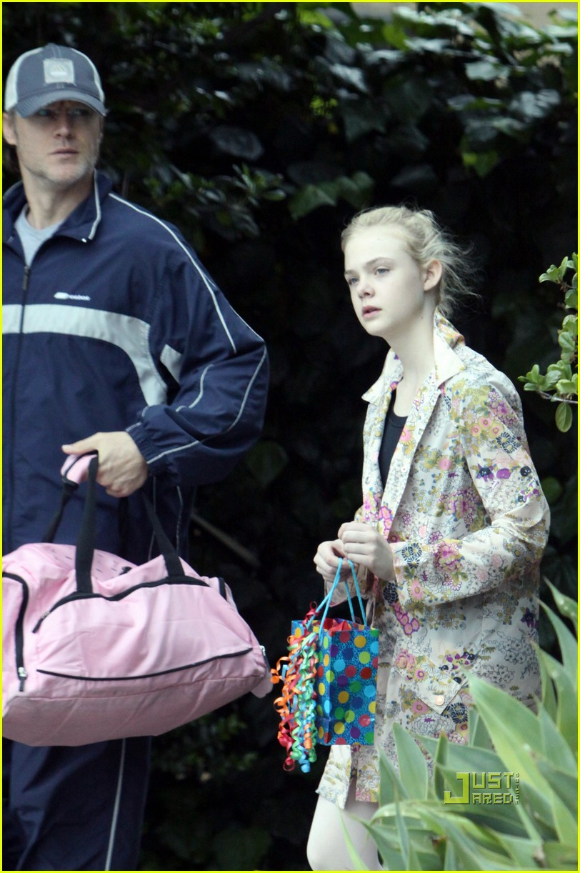 elle fanning ballet class belated birthday 042441581
