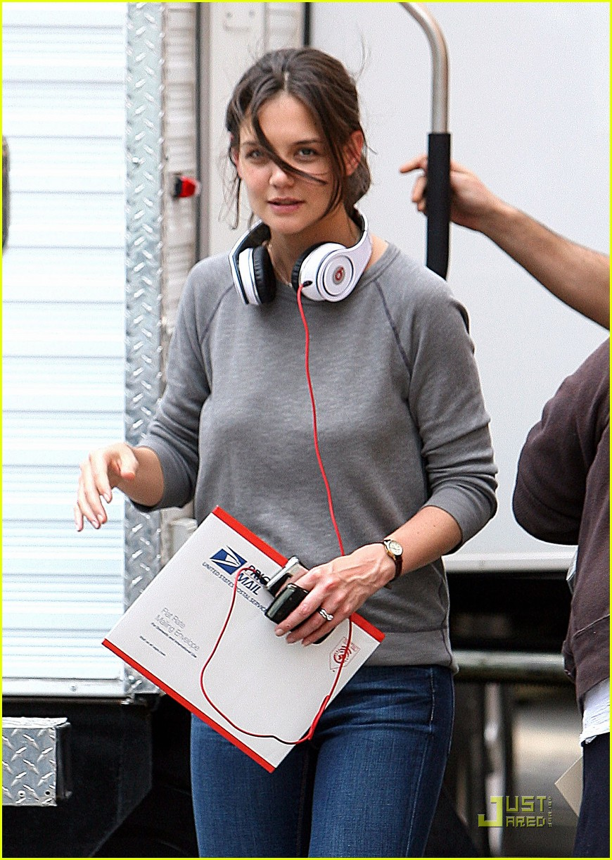 katie holmes beats no one 062440982