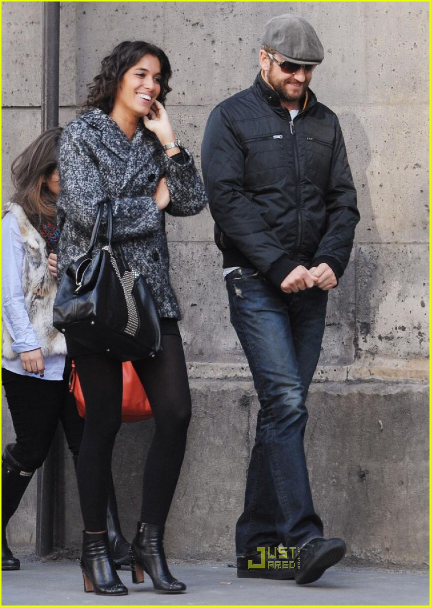 gerard butler laurie cholewa date 30