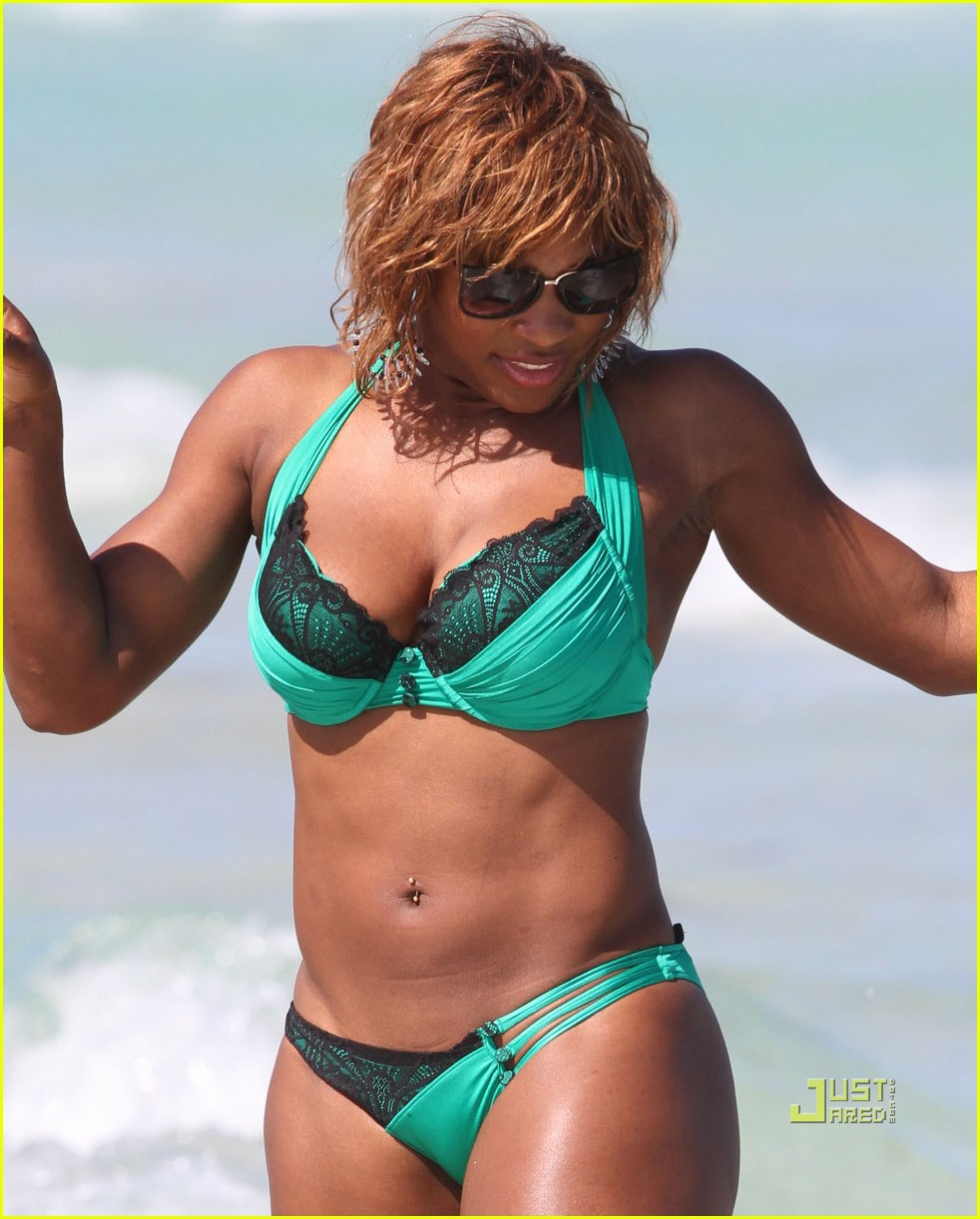 serena williams miami beach bikini 01