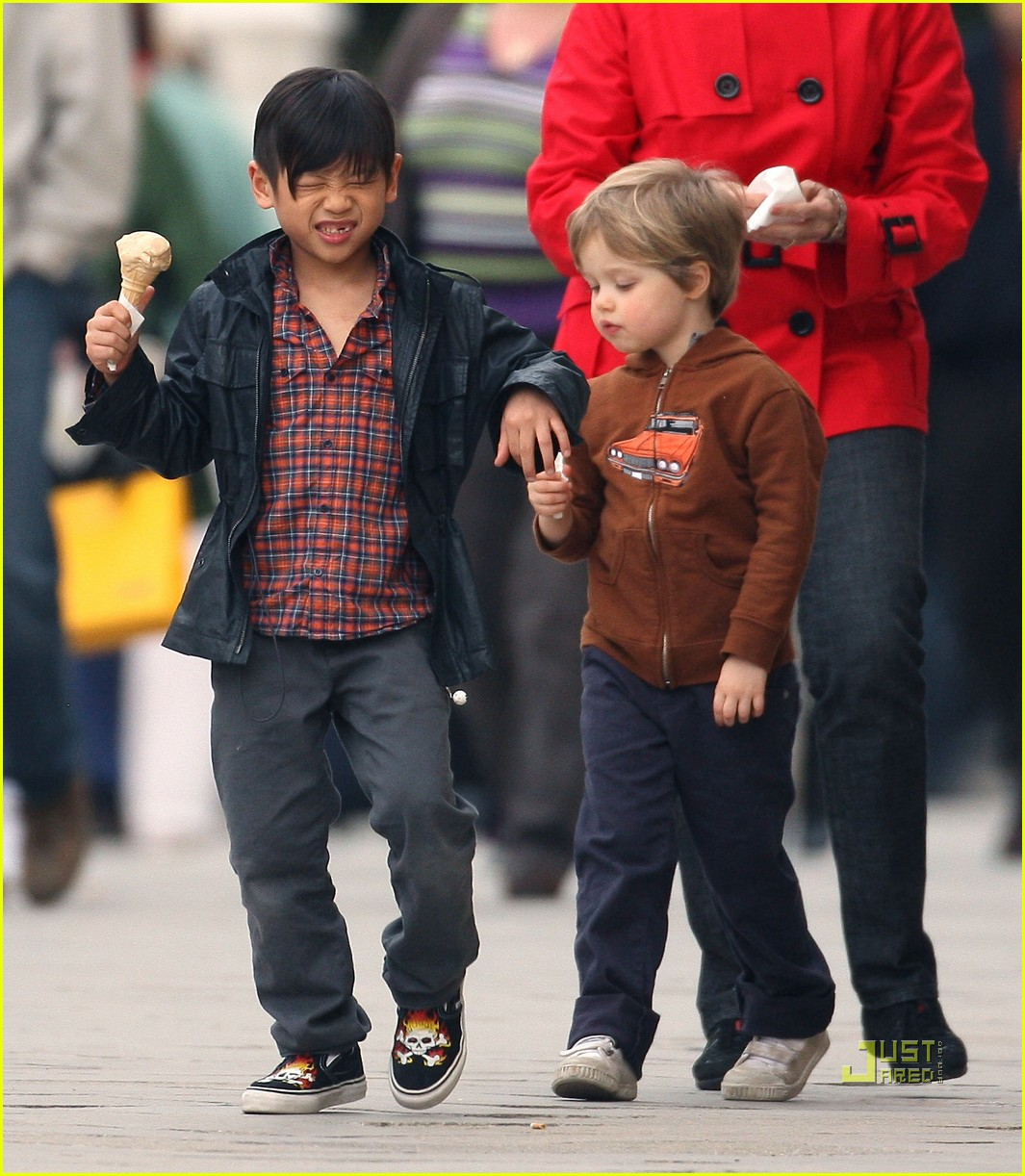 pax shiloh jolie pitt ice cream 02