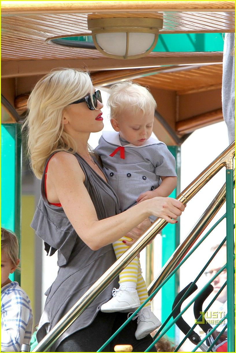 gwen stefani bonding boys 072439651