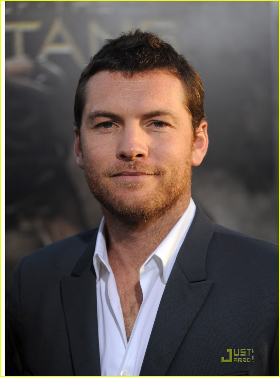 sam worthington shoots back 02