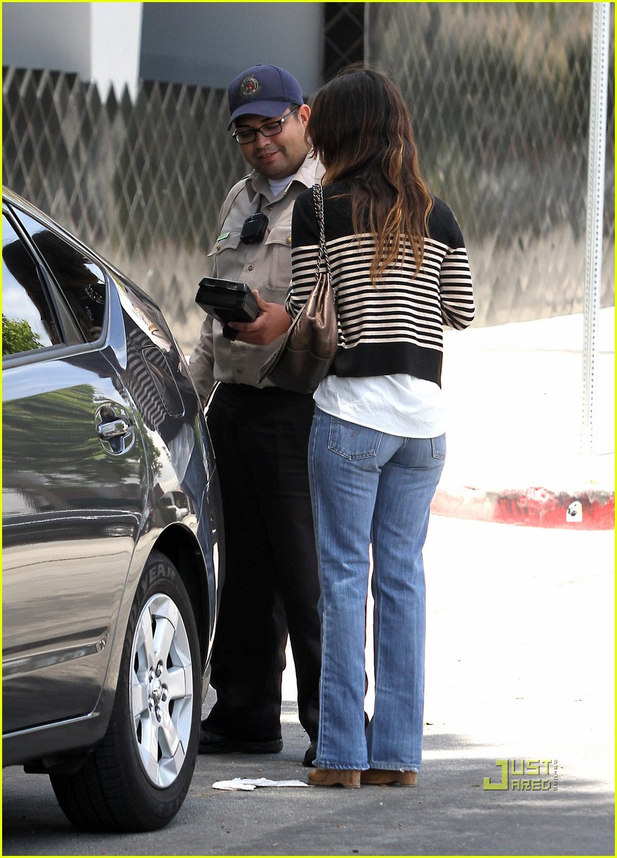 rachel bilson parking ticket 04
