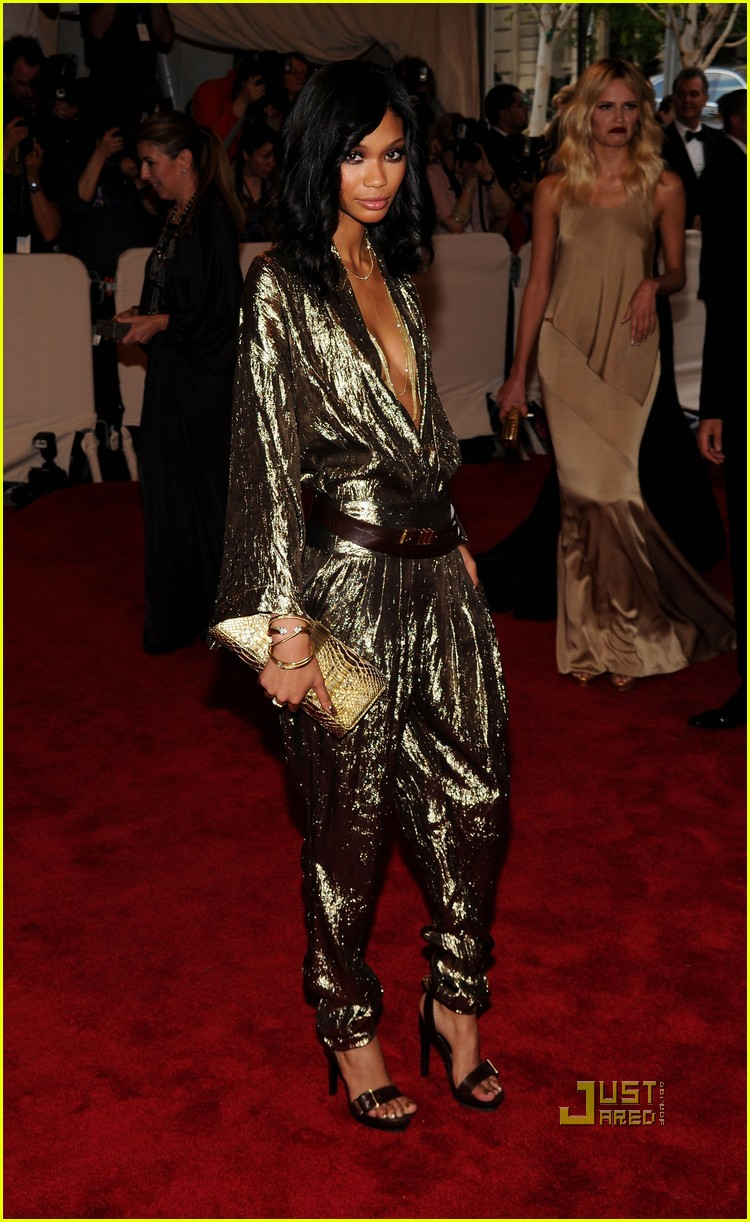 chanel iman met ball 2010 052447934