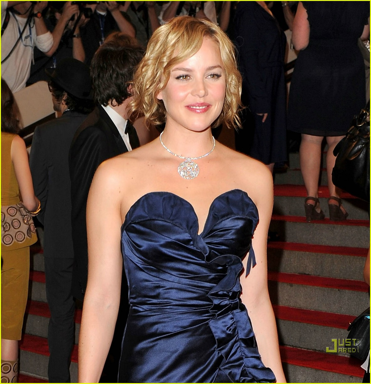 abbie cornish met ball 2010 05