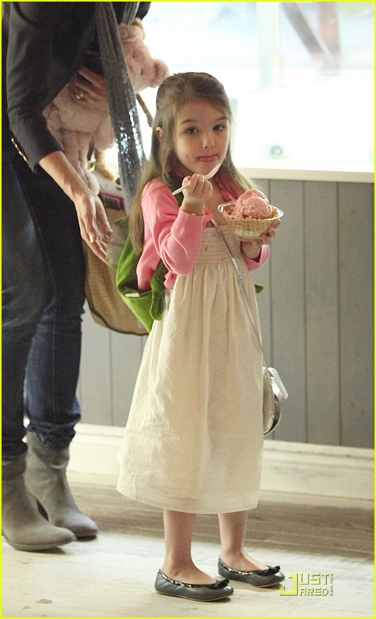 suri cruise sundaes monday 05
