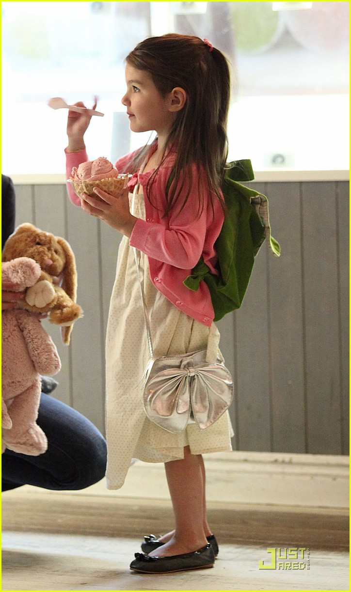 suri cruise sundaes monday 08