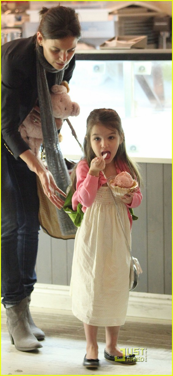 suri cruise sundaes monday 122453379