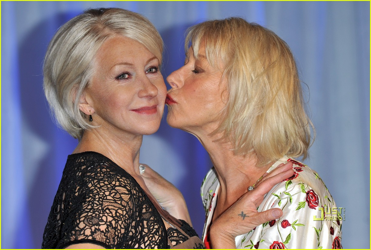 helen mirren wax figure madame tussauds 01