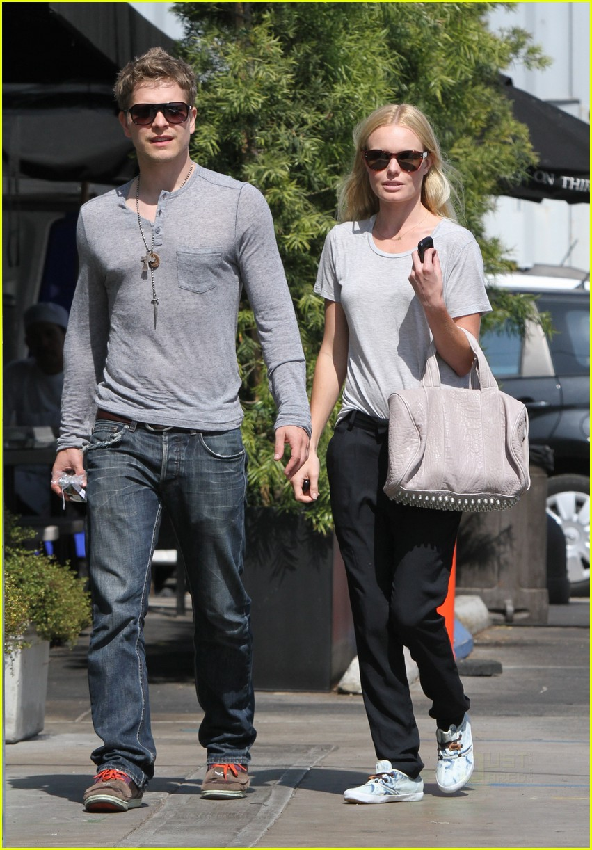 Matt Czuchry couple