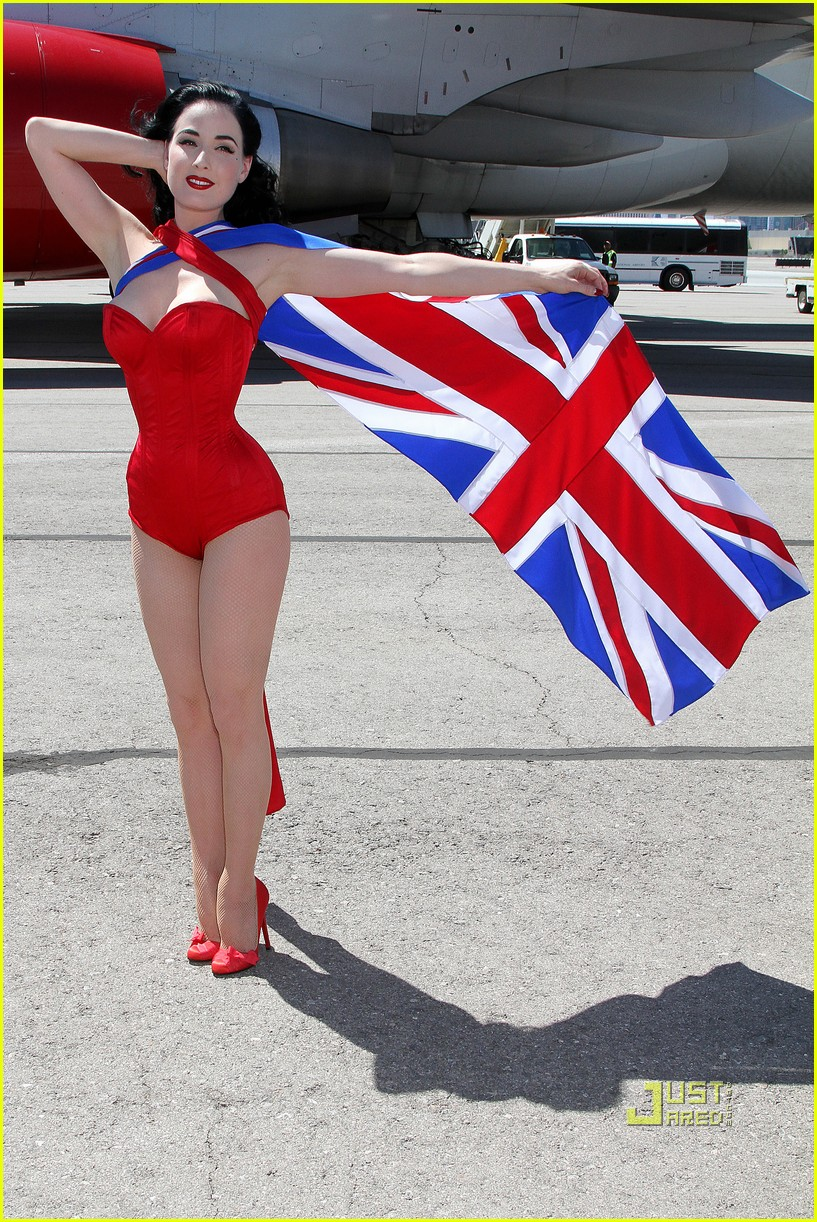 dita von teese virgin atlantic london to vegas 04