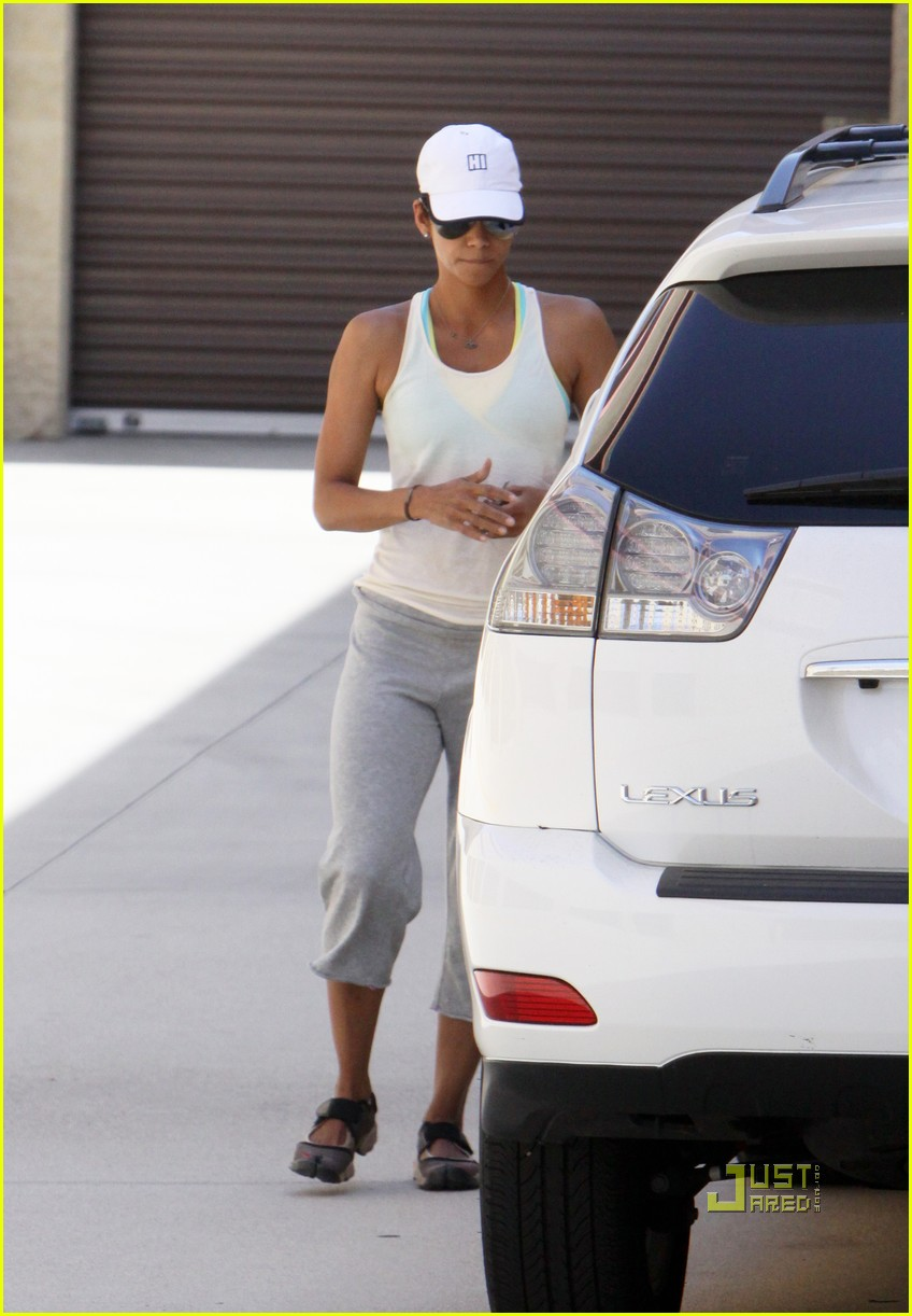 halle berry blueprints 08