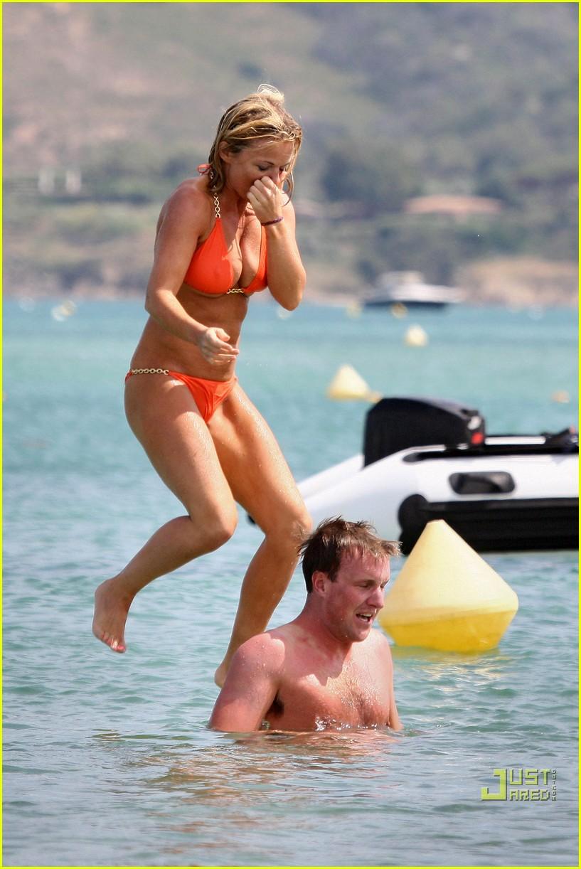 geri halliwell bikini babe 05