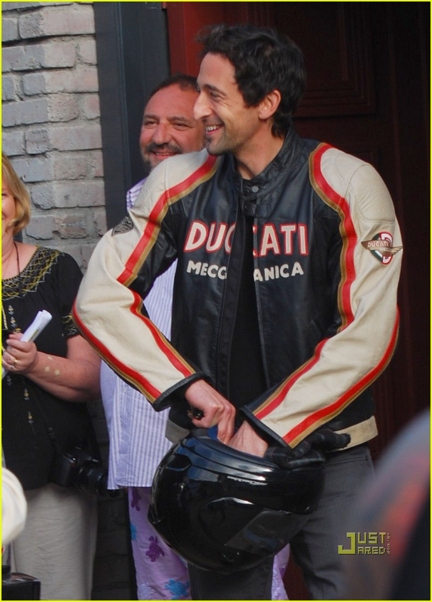 january jones adrien brody 17