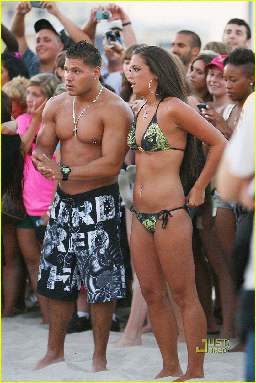 jersey shore members naked rendering Christmastime