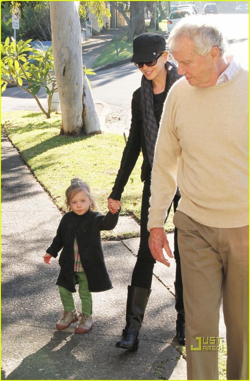 nicole kidman sunday rose visit grandparents 08