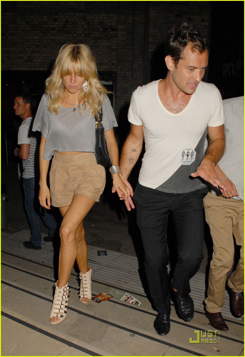 jude law sienna miller dead weather 15