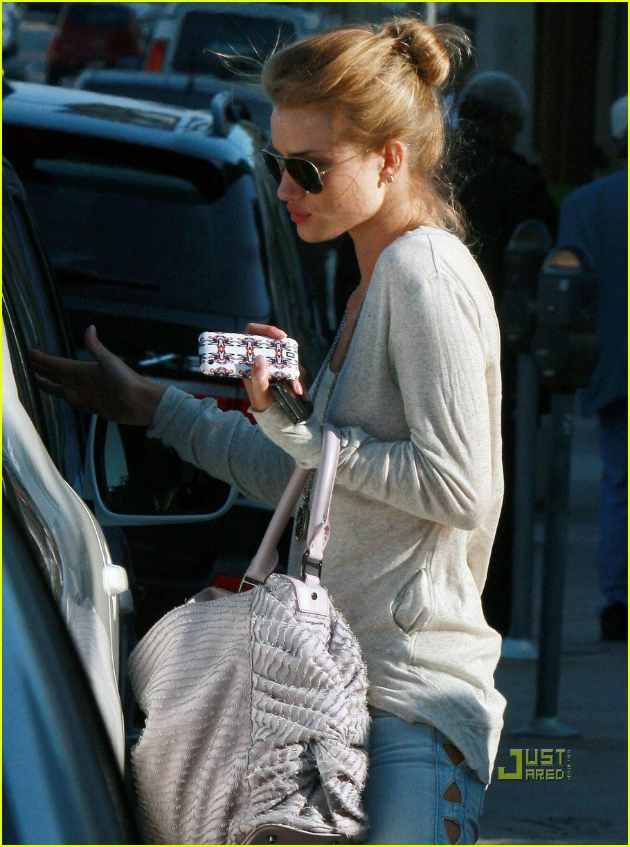 rosie huntington whiteley skin care salon 12