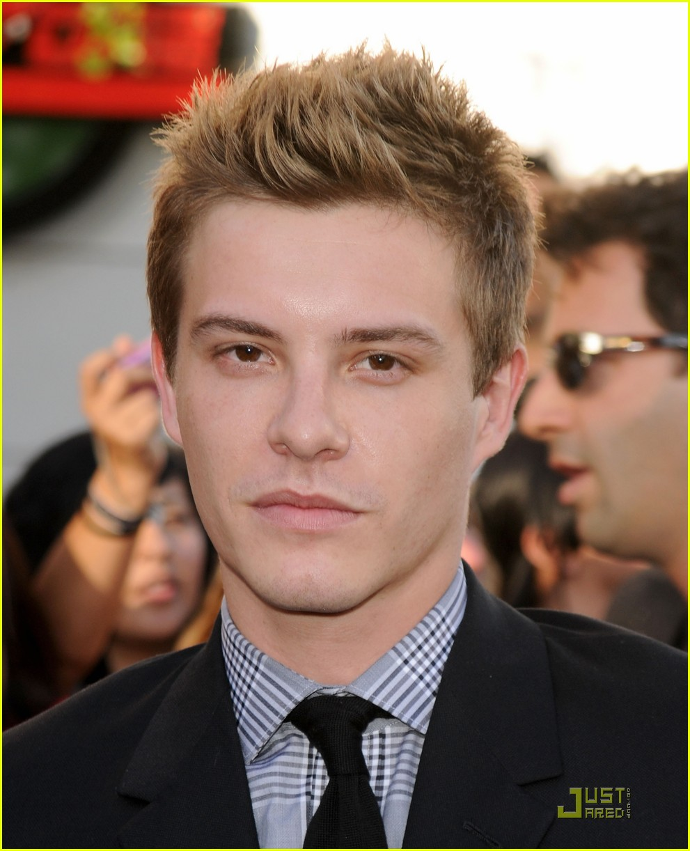 xavier samuel goodbye la london 01
