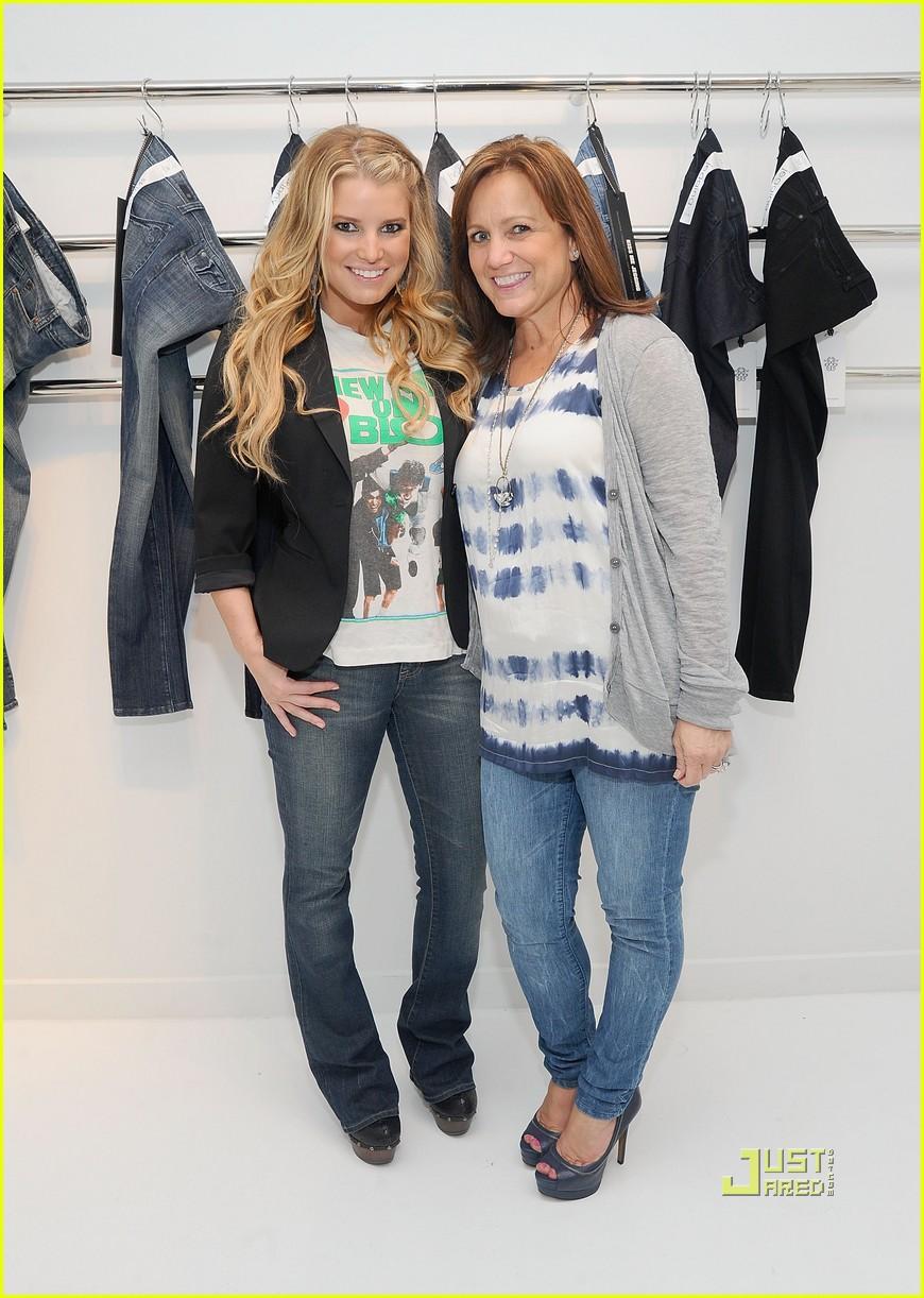 jessica simpson jeanswear 08