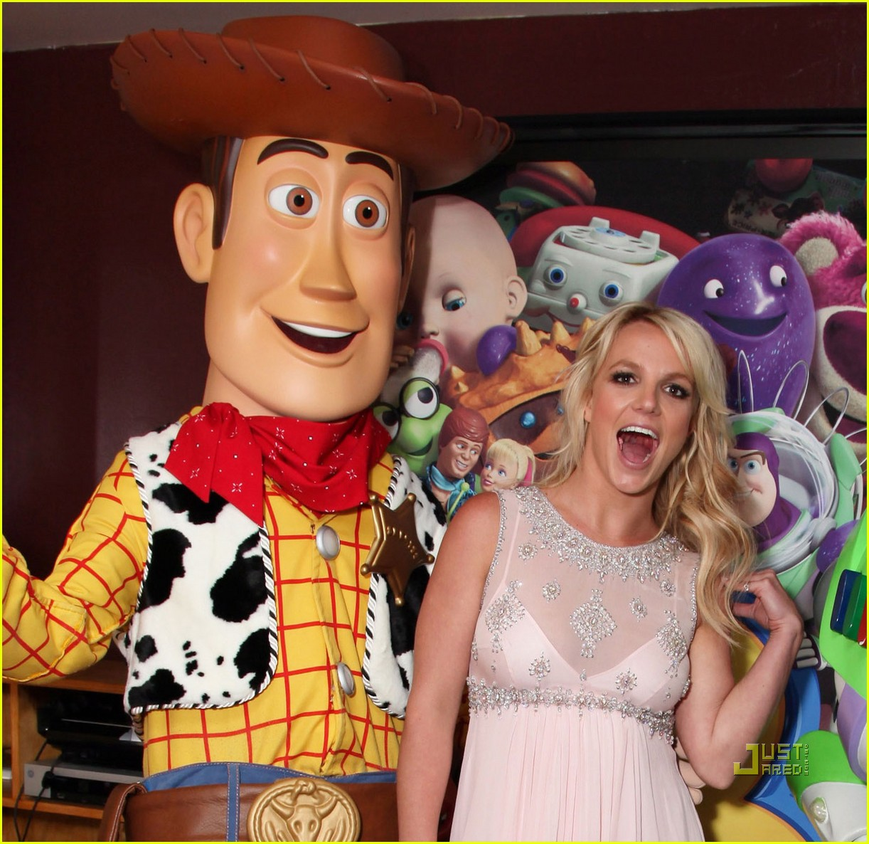 britney spears toy story 3 premiere04