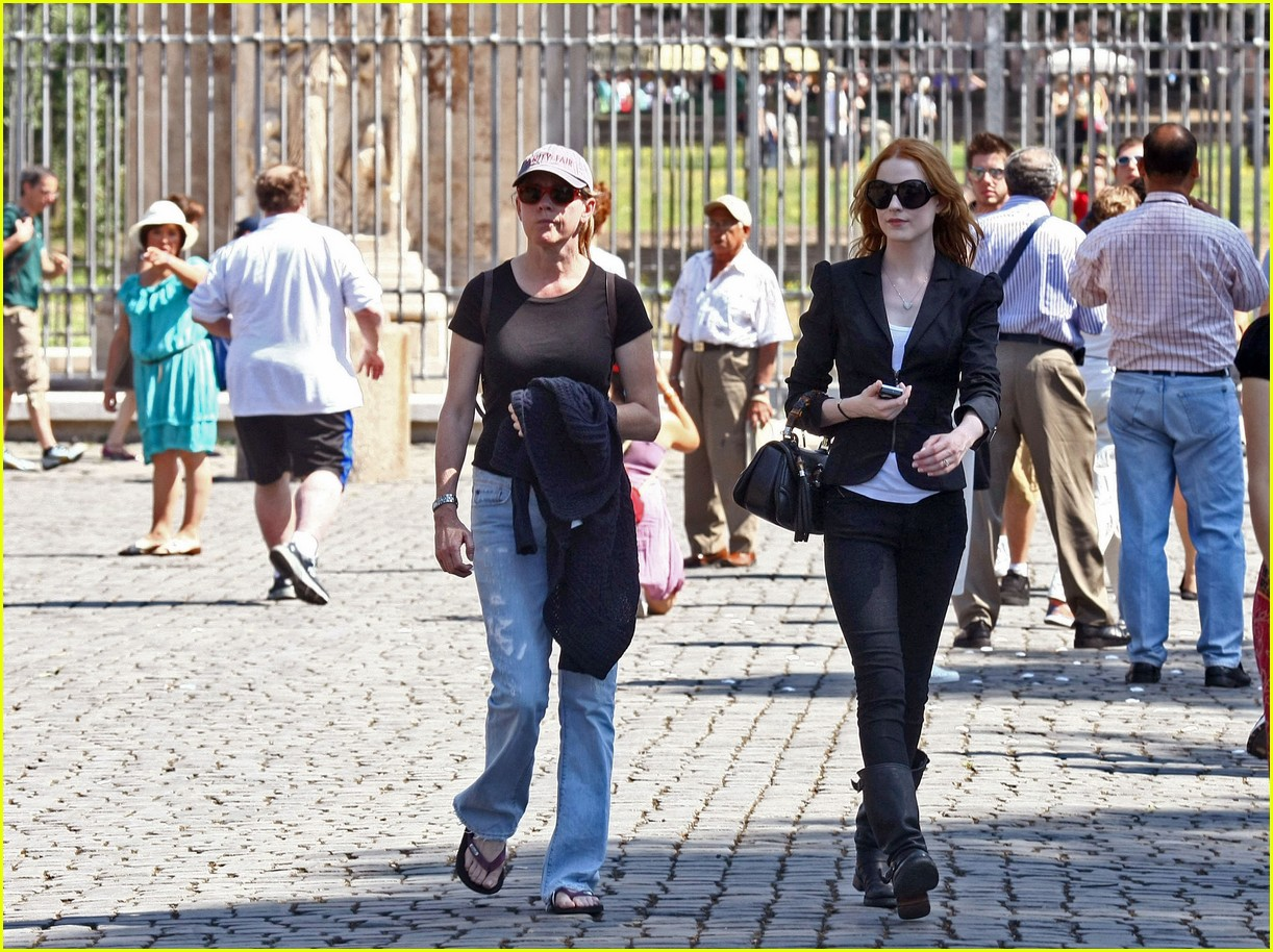 evan rachel wood rome tourist 092462429