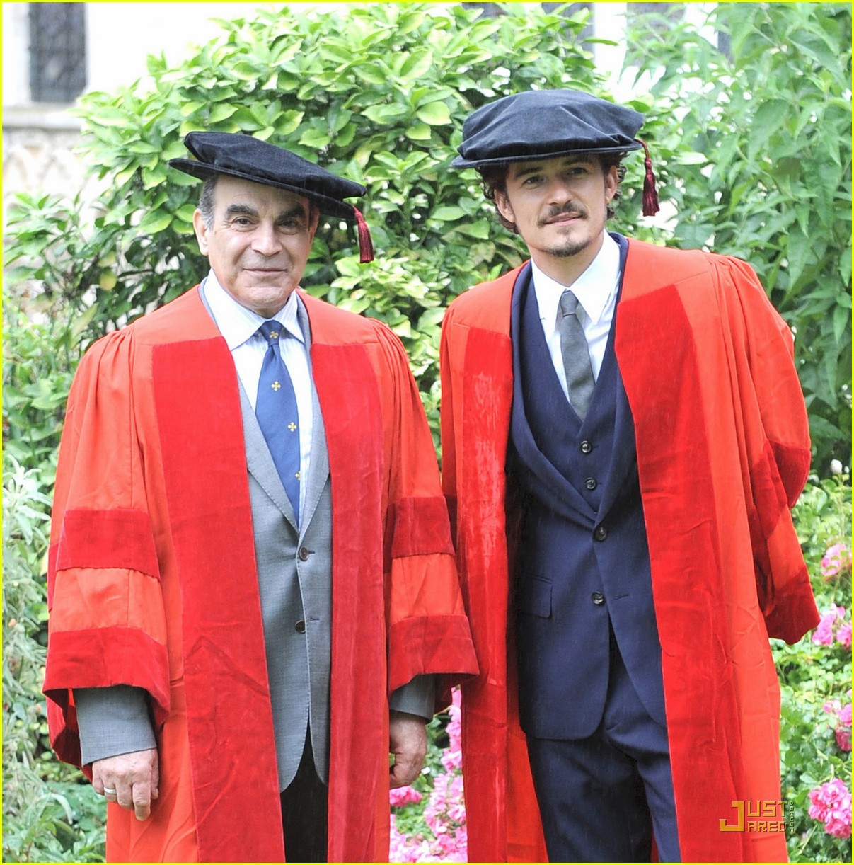 orlando bloom gets degree 06