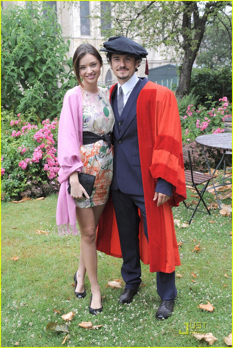 orlando bloom gets degree 07