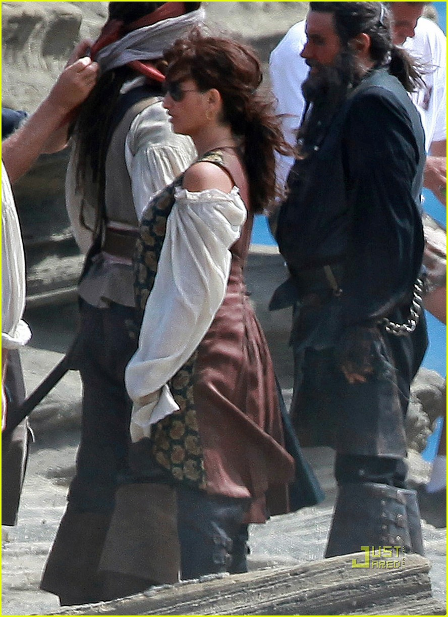 johnny depp penelope cruz pirates 4 oahu 05