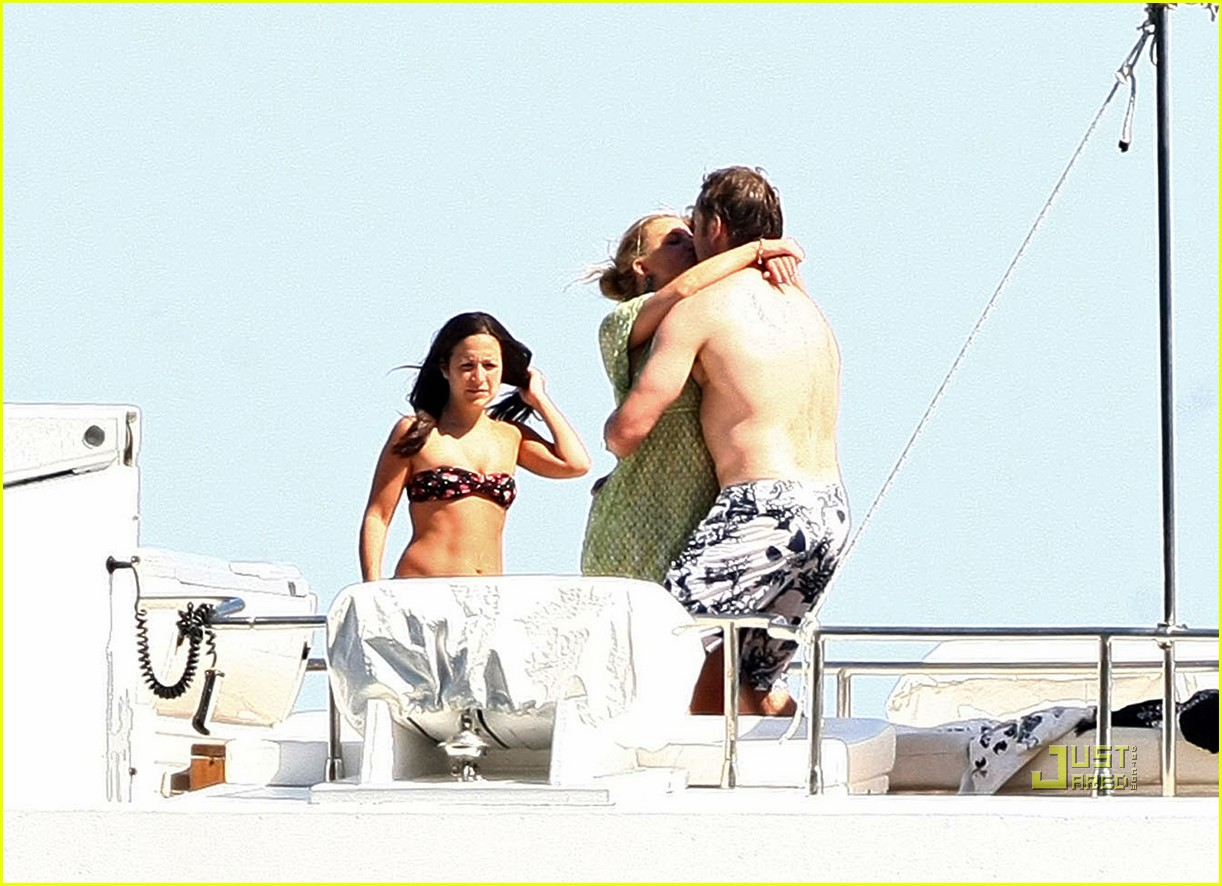 jessica simpson eric johnson kissing 18