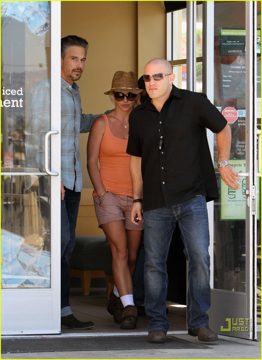 britney spears jason trawick starbucks stop 12