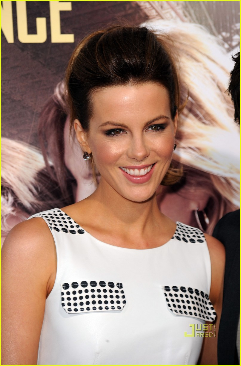 kate beckinsale going the distance premiere 022475125