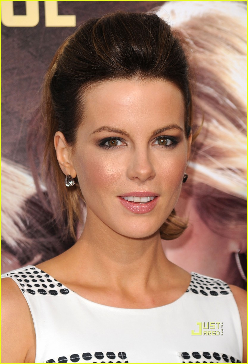 kate beckinsale going the distance premiere 042475127