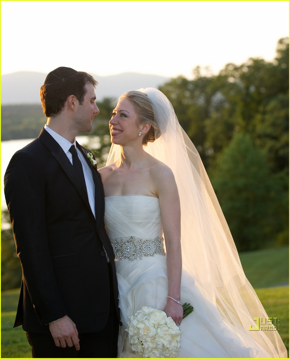 chelsea clinton marries marc mezvinsky 03