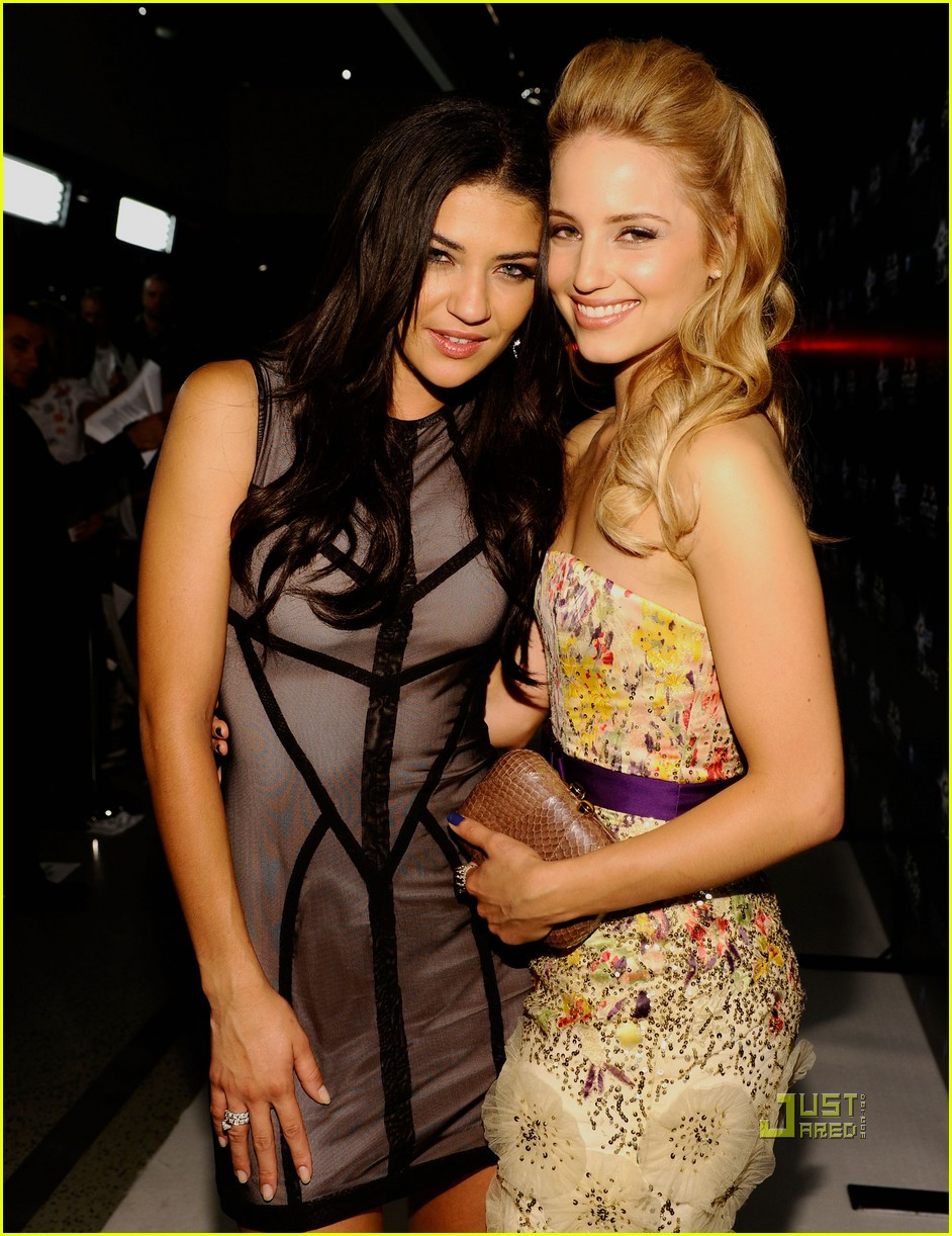 dianna agron jessica szohr breakthrough 03