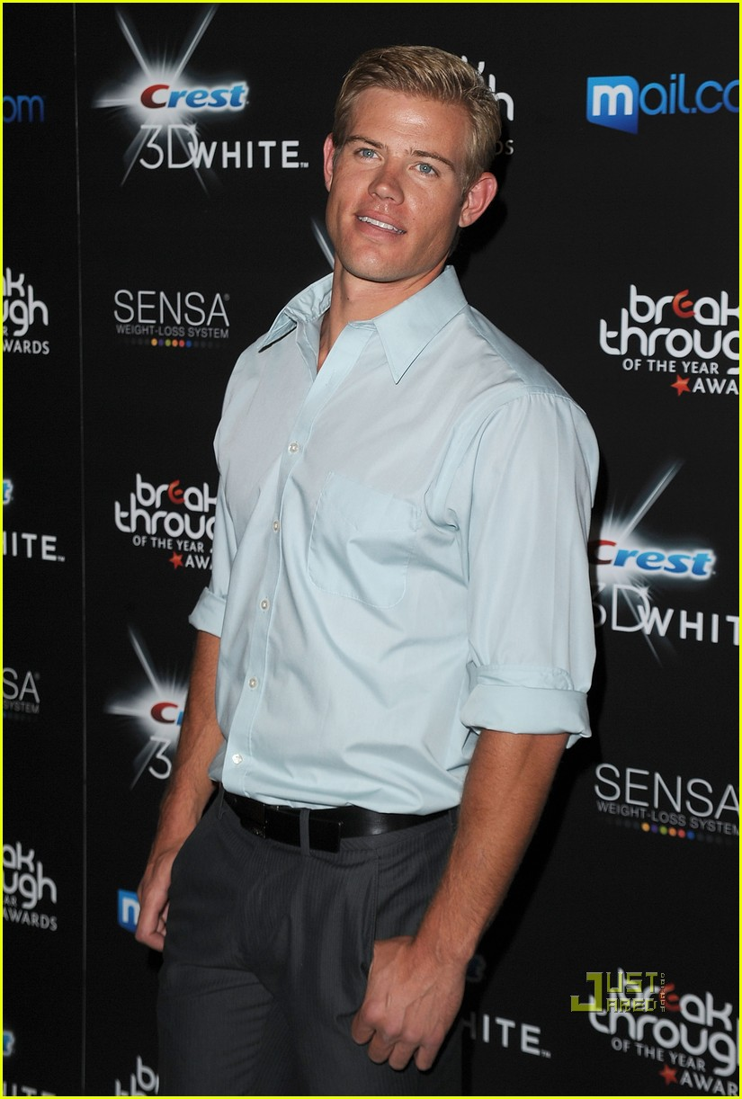 trevor donovan breakthrough of the year awards 01