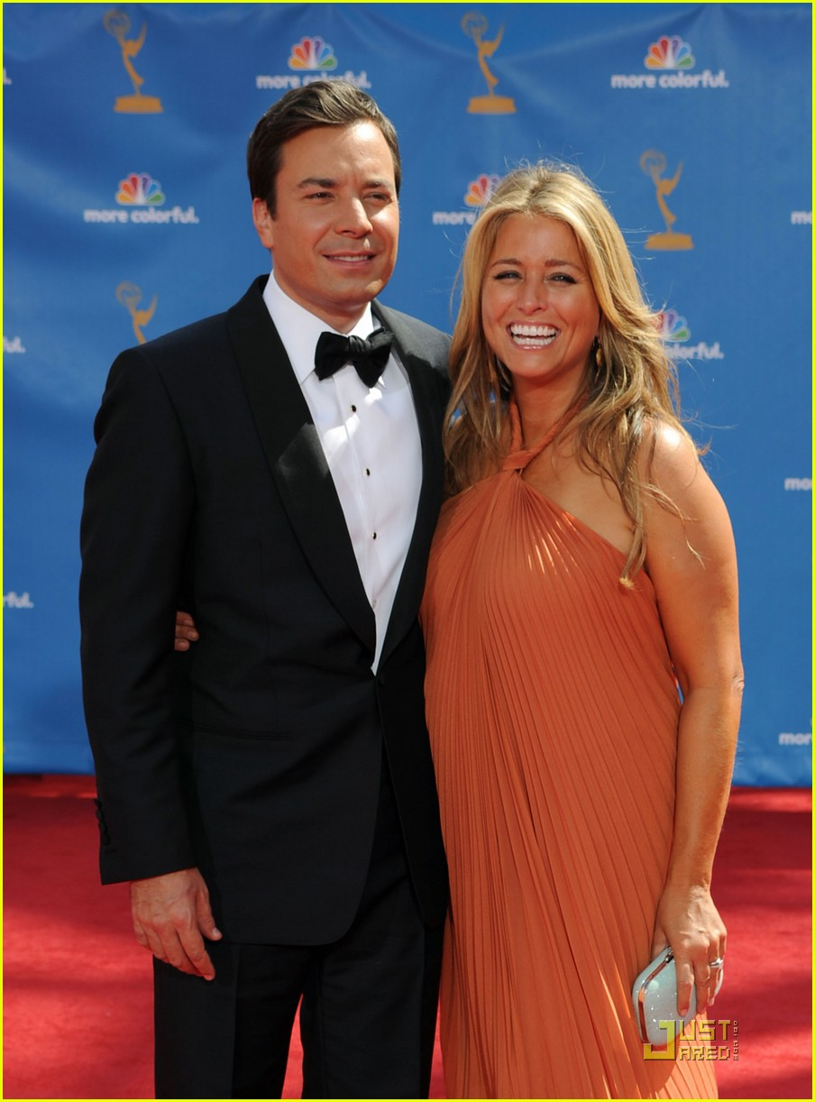 jimmy fallon 2010 emmys red carpet 042476055