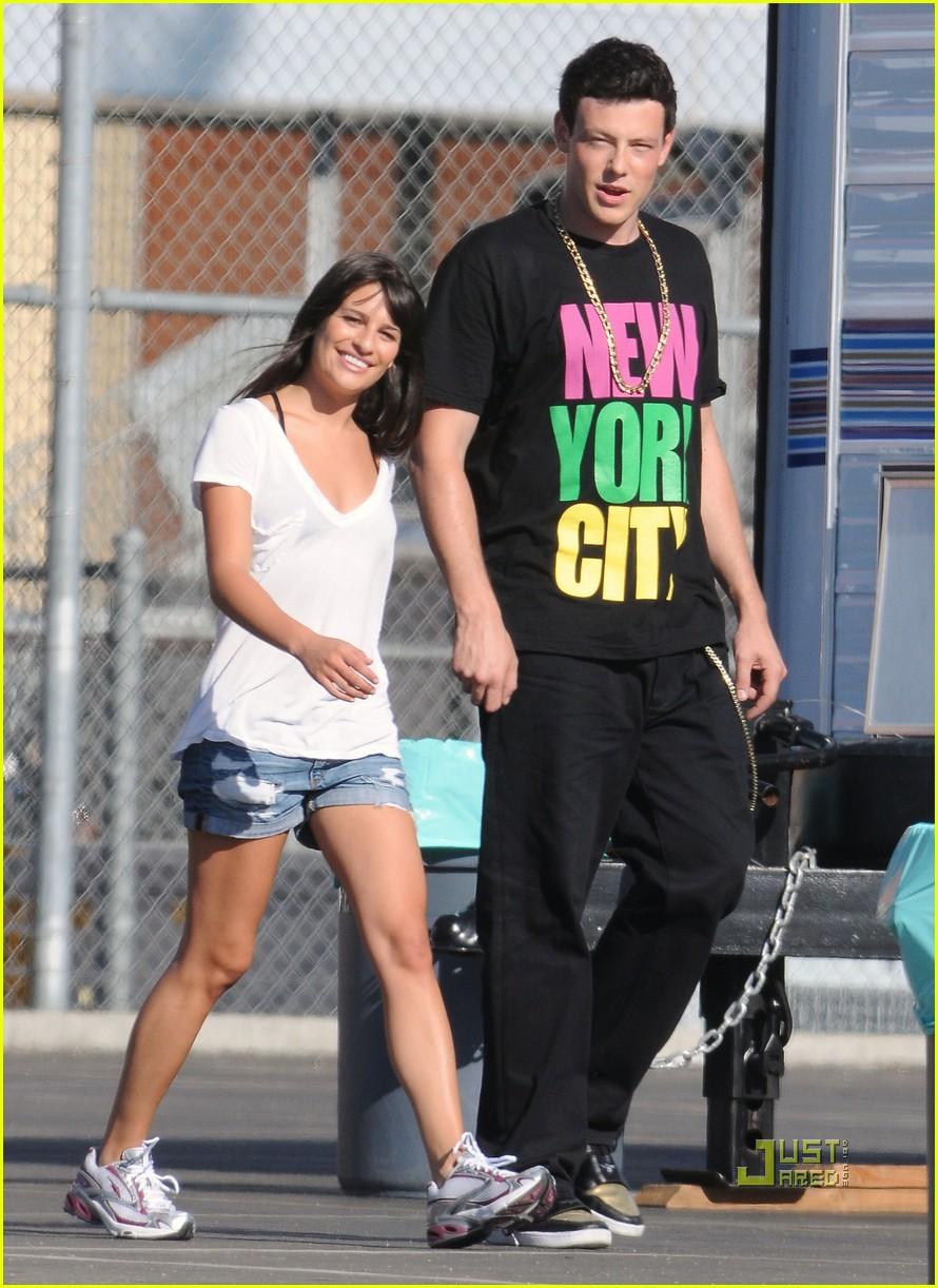 Full Sized Photo of glee cast new york city shirts 13 ...
