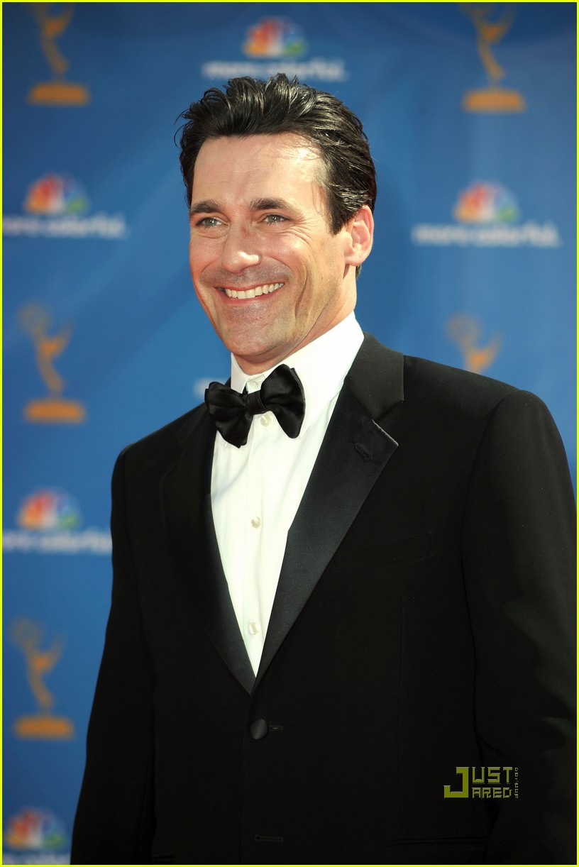 jon hamm jennifer westfeldt emmys 2010 red carpet 10