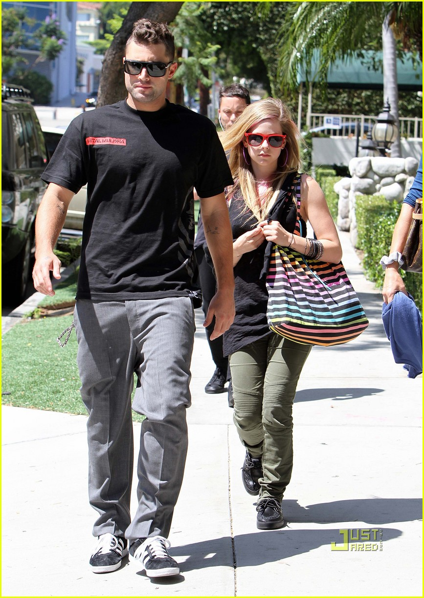 are avril and brody still dating 2011