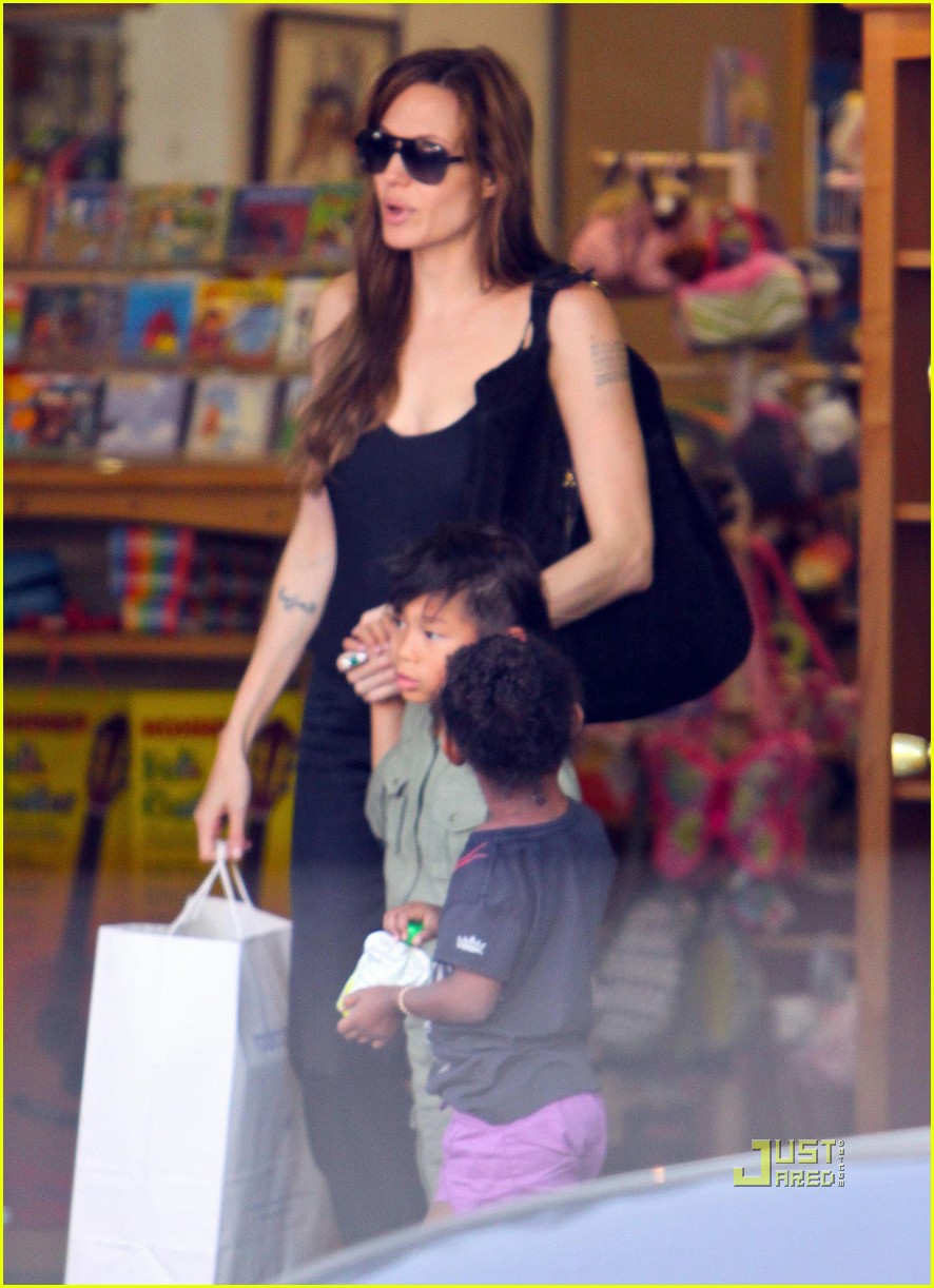 angelina jolie rockridge kids toy store 11