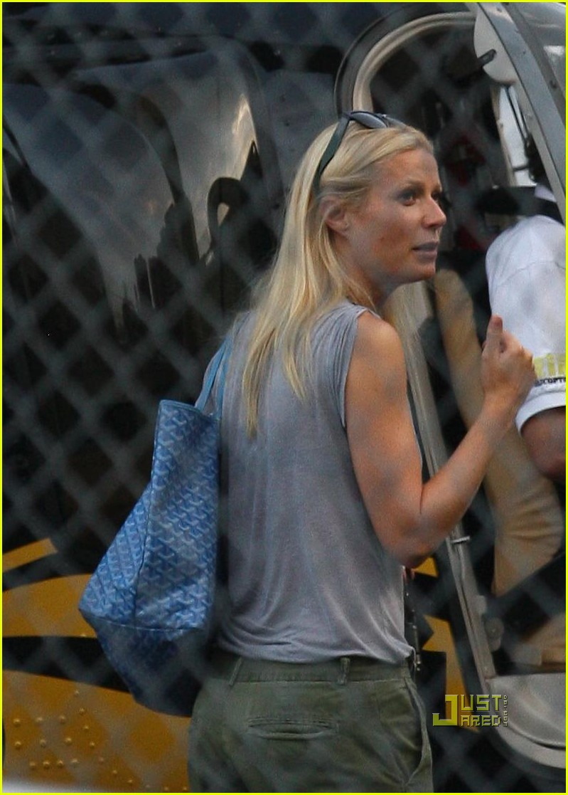 gwyneth paltrow helicopter cameron diaz alex rodriguez 03