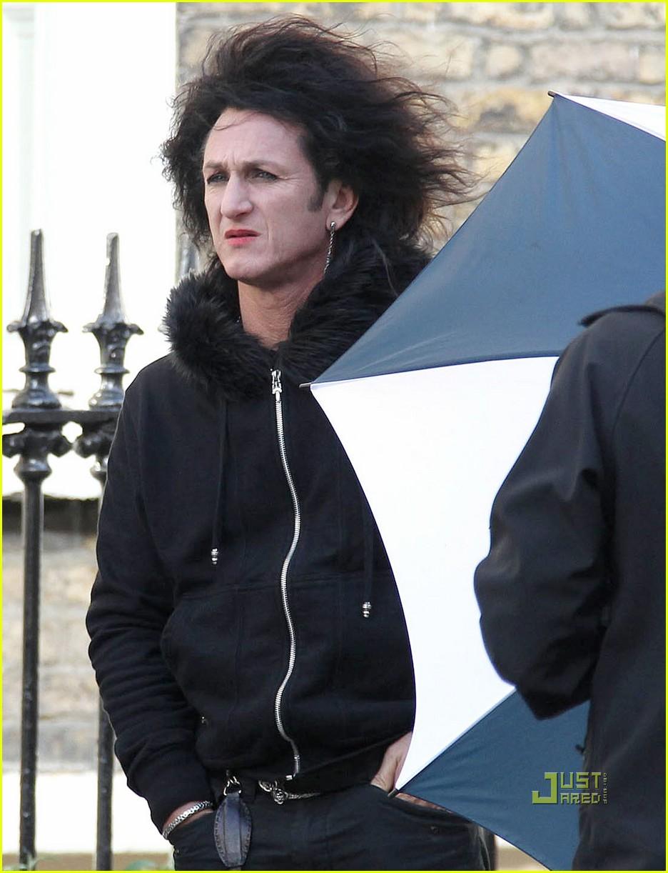 Sean Penn: Lipstick an...