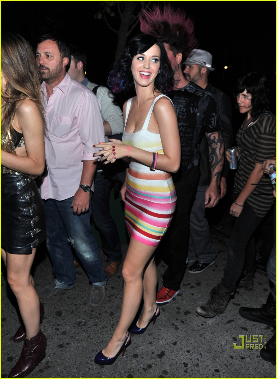 katy perry splash bar 06
