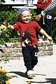 gwen stefani sons matching colors 06