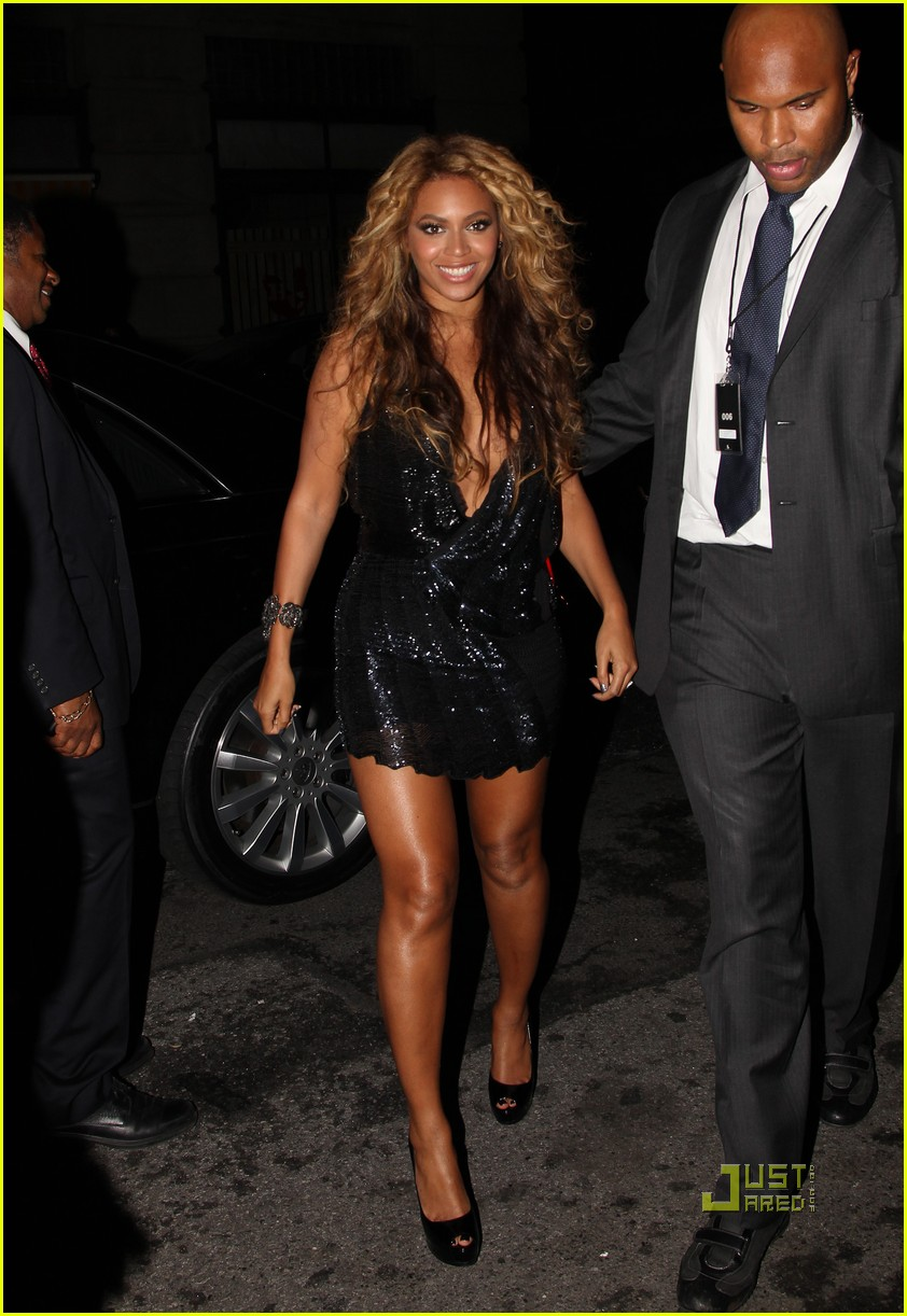 beyonce jay z forever young yankees stadium 08