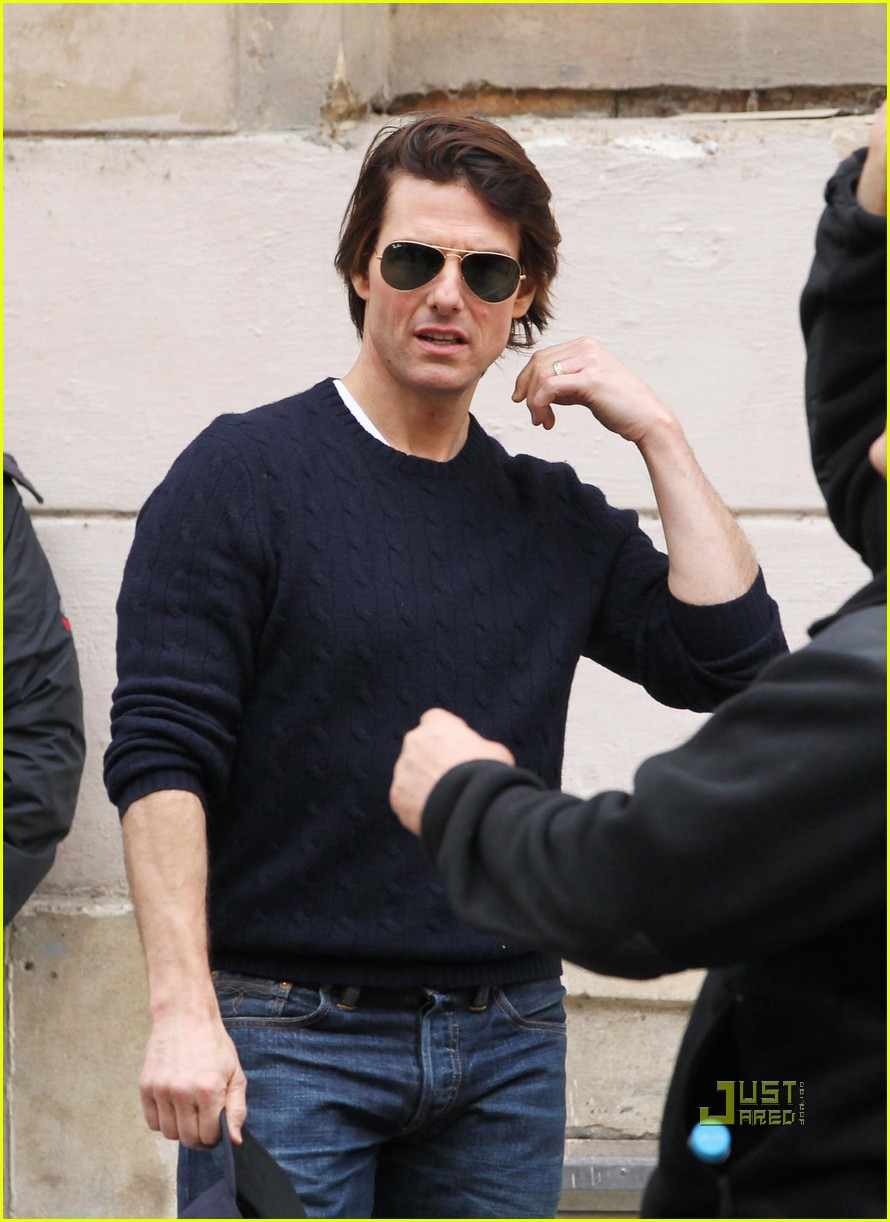 tom cruise scouting location prague 02
